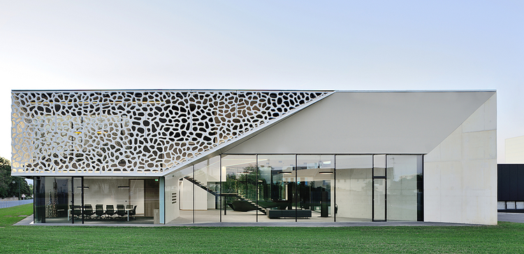 WPC Facade: For Your Sustainable Everlasting Designs
